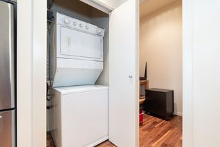 """Photo 5: 1215 1333 W GEORGIA Street in Vancouver: Coal Harbour Condo for sale in """"THE QUBE"""" (Vancouver West)  : MLS®# R2401153"""