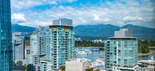 "Photo 20: 1215 1333 W GEORGIA Street in Vancouver: Coal Harbour Condo for sale in ""THE QUBE"" (Vancouver West)  : MLS®# R2401153"