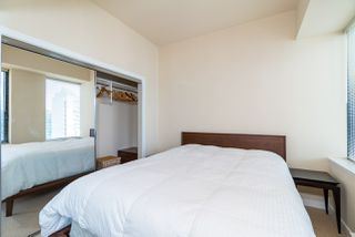 """Photo 13: 1215 1333 W GEORGIA Street in Vancouver: Coal Harbour Condo for sale in """"THE QUBE"""" (Vancouver West)  : MLS®# R2401153"""