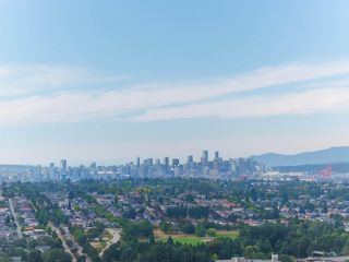 "Photo 16: 3806 1788 GILMORE Avenue in Burnaby: Brentwood Park Condo for sale in ""Escala"" (Burnaby North)  : MLS®# R2404927"