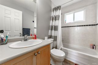 Photo 7: 5982 WOODSWORTH Street in Burnaby: Central BN House 1/2 Duplex for sale (Burnaby North)  : MLS®# R2412020