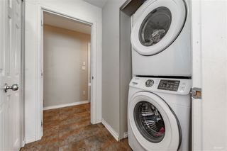 Photo 5: 5982 WOODSWORTH Street in Burnaby: Central BN House 1/2 Duplex for sale (Burnaby North)  : MLS®# R2412020