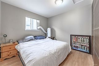 Photo 4: 5982 WOODSWORTH Street in Burnaby: Central BN House 1/2 Duplex for sale (Burnaby North)  : MLS®# R2412020