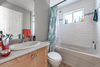 Photo 6: 5982 WOODSWORTH Street in Burnaby: Central BN House 1/2 Duplex for sale (Burnaby North)  : MLS®# R2412020
