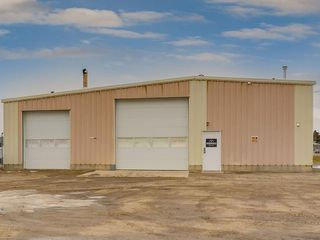 Photo 48: 221 43 Avenue E: Claresholm Industrial for sale : MLS®# C4274237