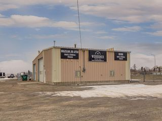 Photo 44: 221 43 Avenue E: Claresholm Industrial for sale : MLS®# C4274237