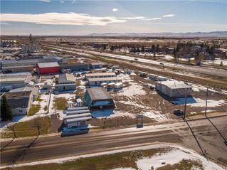 Photo 5: 221 43 Avenue E: Claresholm Industrial for sale : MLS®# C4274237