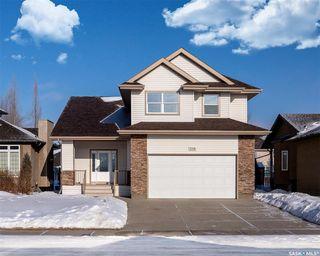 Photo 1: 218 Brookdale Crescent in Saskatoon: Briarwood Residential for sale : MLS®# SK798544