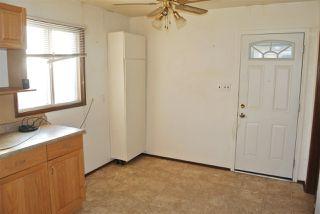 Photo 3: 13543 140 Street in Edmonton: Zone 01 House for sale : MLS®# E4192260