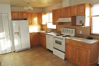 Photo 5: 13543 140 Street in Edmonton: Zone 01 House for sale : MLS®# E4192260