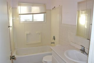 Photo 11: 13543 140 Street in Edmonton: Zone 01 House for sale : MLS®# E4192260
