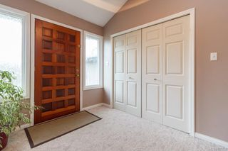 Photo 3: 1275 Lonsdale Pl in Saanich: SE Maplewood Single Family Detached for sale (Saanich East)  : MLS®# 837238