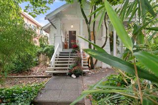 Photo 2: 6568 CYPRESS Street in Vancouver: South Granville House for sale (Vancouver West)  : MLS®# R2500219