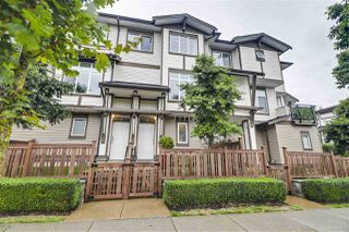 """Photo 3: 3 19433 68 Avenue in Surrey: Clayton Townhouse for sale in """"The Grove"""" (Cloverdale)  : MLS®# R2503497"""