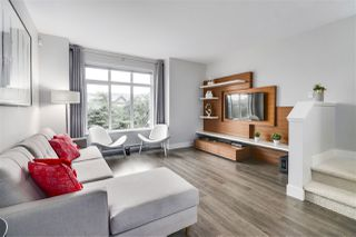 """Photo 4: 3 19433 68 Avenue in Surrey: Clayton Townhouse for sale in """"The Grove"""" (Cloverdale)  : MLS®# R2503497"""