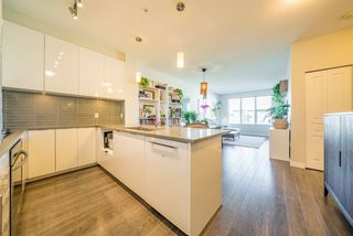 """Photo 19: 519 9399 ALEXANDRA Road in Richmond: West Cambie Condo for sale in """"ALEXANDRA COURT"""" : MLS®# R2505266"""