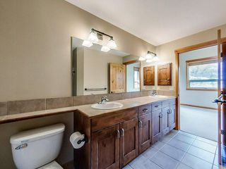 Photo 30: 232 104 Armstrong Place: Canmore Apartment for sale : MLS®# A1042216