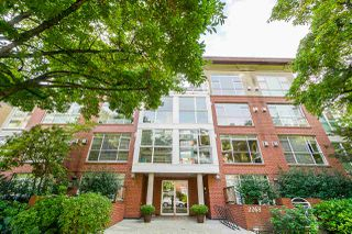 "Photo 28: 202 2268 W 12TH Avenue in Vancouver: Kitsilano Condo for sale in ""THE CONNAUGHT"" (Vancouver West)  : MLS®# R2512277"
