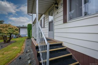Photo 4: 27 5150 Christie Rd in : Du Ladysmith Manufactured Home for sale (Duncan)  : MLS®# 861157