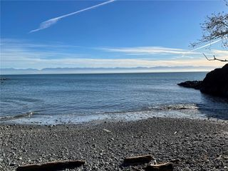 Photo 32: 2735 Woodhaven Rd in : Sk French Beach House for sale (Sooke)  : MLS®# 862885