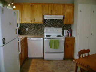 Photo 8: 108 Roselawn Bay in WINNIPEG: North Kildonan Residential for sale (North East Winnipeg)  : MLS®# 1216897
