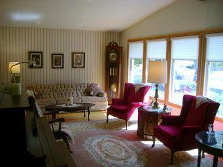 Photo 2: 108 Roselawn Bay in WINNIPEG: North Kildonan Residential for sale (North East Winnipeg)  : MLS®# 1216897