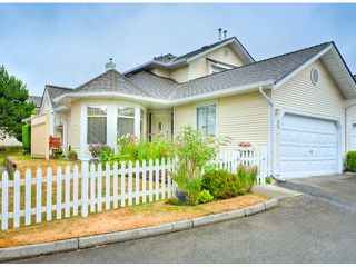 """Photo 1: 28 21138 88TH Avenue in Langley: Walnut Grove Townhouse for sale in """"SPENCER GREEN"""" : MLS®# F1318729"""