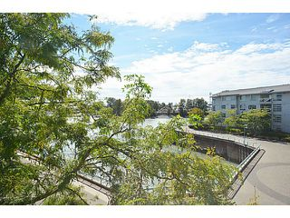 "Photo 4: 303 2020 E KENT Avenue in Vancouver: Fraserview VE Condo for sale in ""TUGBOAT LANDING"" (Vancouver East)  : MLS®# V1024161"