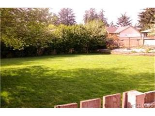 Photo 2:  in VICTORIA: La Thetis Heights House for sale (Langford)  : MLS®# 364818