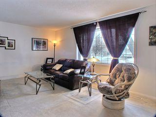 Photo 3: 121 Braintree Crescent in Winnipeg: St James Residential for sale (West Winnipeg)  : MLS®# 1605380