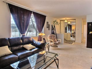 Photo 5: 121 Braintree Crescent in Winnipeg: St James Residential for sale (West Winnipeg)  : MLS®# 1605380