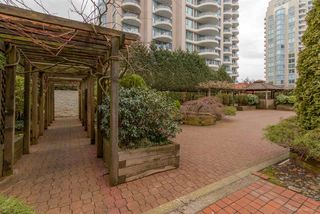 Photo 10: 1005 620 SEVENTH AVENUE in New Westminster: Uptown NW Condo for sale : MLS®# R2036609