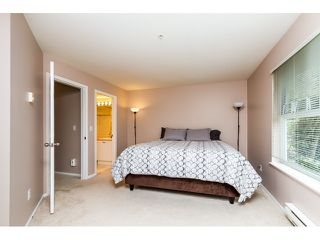 Photo 11: 107 1558 GRANT AVENUE in Port Coquitlam: Glenwood PQ Condo for sale : MLS®# R2051861