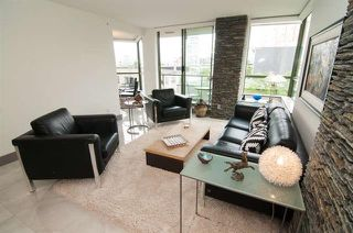 Photo 2: Vancouver West in Fairview VW: Condo for sale : MLS®# R2073794