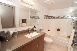 Photo 16: Vancouver West in Fairview VW: Condo for sale : MLS®# R2073794