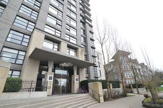 Photo 2: 1403 5380 OBEN STREET in Vancouver: Collingwood VE Condo for sale (Vancouver East)  : MLS®# R2149767