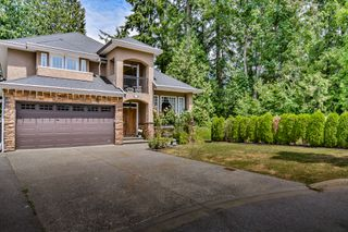 Photo 2: 11729 98 Ave in Surrey: Royal Heights House for sale (North Surrey)  : MLS®# R2185181