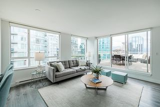 Photo 2: PH 1502 822 Homer Street in Vancouver: Yaletown Condo for sale (Vancouver West)  : MLS®# R2291700