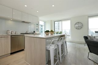 Photo 8: 405 680 SEYLYNN CRESCENT in North Vancouver: Lynnmour Condo for sale : MLS®# R2305800