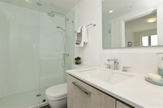 Photo 12: 405 680 SEYLYNN CRESCENT in North Vancouver: Lynnmour Condo for sale : MLS®# R2305800