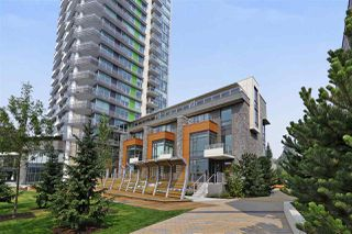 Photo 1: 405 680 SEYLYNN CRESCENT in North Vancouver: Lynnmour Condo for sale : MLS®# R2305800