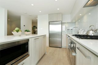 Photo 7: 405 680 SEYLYNN CRESCENT in North Vancouver: Lynnmour Condo for sale : MLS®# R2305800