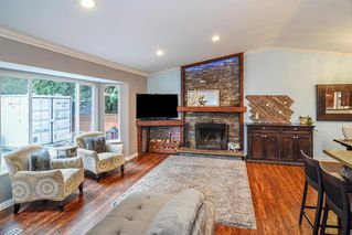 Photo 2: 20641 38A Avenue in Langley: Brookswood Langley House for sale : MLS®# R2331109