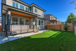 "Photo 4: 8341 209B Street in Langley: Willoughby Heights House for sale in ""YORKSON"" : MLS®# R2390279"