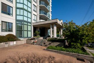 "Photo 20: 706 121 TENTH Street in New Westminster: Uptown NW Condo for sale in ""Vista Royale"" : MLS®# R2394958"