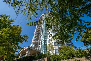 "Photo 1: 706 121 TENTH Street in New Westminster: Uptown NW Condo for sale in ""Vista Royale"" : MLS®# R2394958"