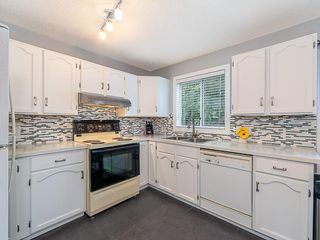 Photo 7: 98 COVENTRY Lane NE in Calgary: Coventry Hills Semi Detached for sale : MLS®# C4262894