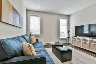 Photo 3: 5 1935 MANNING AVENUE in Port Coquitlam: Glenwood PQ Townhouse for sale : MLS®# R2371670