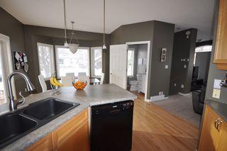 Photo 9: 9135 100B Avenue in Edmonton: Zone 13 House Half Duplex for sale : MLS®# E4185551
