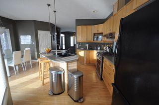 Photo 8: 9135 100B Avenue in Edmonton: Zone 13 House Half Duplex for sale : MLS®# E4185551